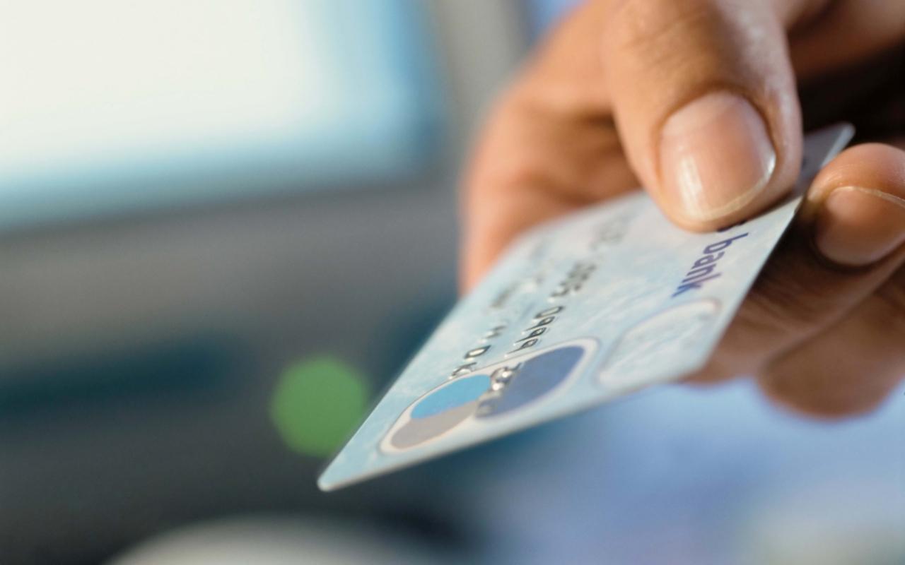 Мошенничество с платежными картами кардинг принято признавать